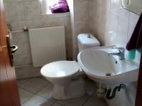 WC v zádveří - Pronájem kancelářských prostor 175 m², Praha 6 - Dejvice
