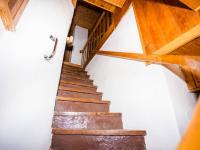 Schody do prvního podlaží - Prodej domu v osobním vlastnictví 306 m², Putimov