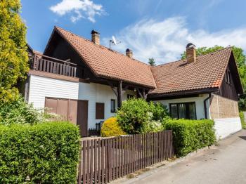 Dům ze předu - Prodej domu v osobním vlastnictví 306 m², Putimov