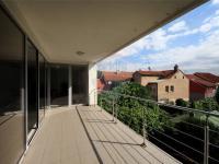 Pronájem komerčního prostoru (kanceláře) v osobním vlastnictví, 460 m2, Praha 9 - Hrdlořezy
