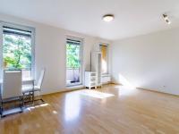 Obývací pokoj 2 - Prodej bytu 1+kk v osobním vlastnictví 33 m², Praha 10 - Malešice