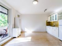 Obývací pokoj s kuchyňským koutem 1 - Prodej bytu 1+kk v osobním vlastnictví 33 m², Praha 10 - Malešice