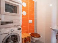 toaleta v přízemí - Prodej domu v osobním vlastnictví 126 m², Brandýs nad Labem-Stará Boleslav