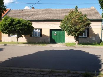 Prodej domu v osobním vlastnictví, 205 m2, Čelákovice