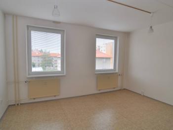 Pokoj(e) - Prodej bytu 3+1 v osobním vlastnictví 82 m², Písek