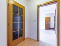 2+kk: Předsíň - Prodej domu v osobním vlastnictví 205 m², Horoměřice