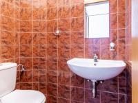 WC - Prodej domu v osobním vlastnictví 205 m², Horoměřice