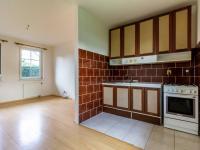 2+kk: Obývací pokoj s kuch. koutem - Prodej domu v osobním vlastnictví 205 m², Horoměřice