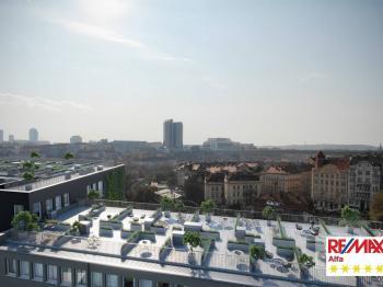 Prodej malého objektu v osobním vlastnictví, Praha 2 - Vinohrady