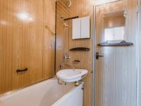 Koupelna - Prodej bytu 2+1 v družstevním vlastnictví 59 m², Brno