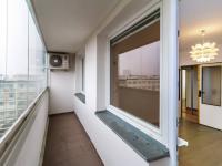 Lodžie - Prodej bytu 3+1 v osobním vlastnictví 65 m², Praha 10 - Strašnice