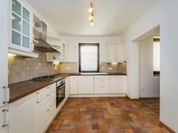 Prodej domu v osobním vlastnictví 180 m², Horoměřice