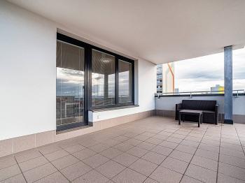 Pronájem bytu 2+kk v osobním vlastnictví, 50 m2, Praha 10 - Horní Měcholupy