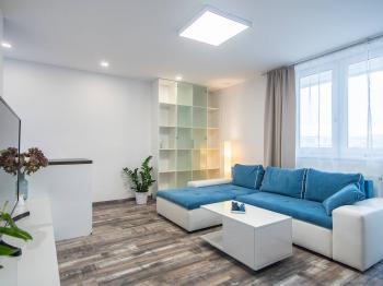 Pronájem bytu 4+1 v družstevním vlastnictví 105 m², Praha 9 - Černý Most