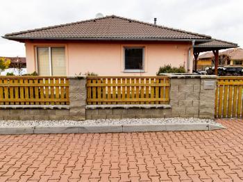 Pronájem domu v osobním vlastnictví 125 m², Otmíče