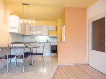 Pronájem bytu 3+kk v družstevním vlastnictví, 67 m2, Praha 8 - Troja