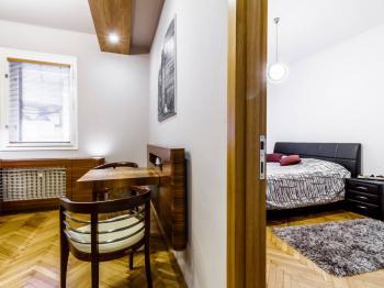 Pronájem bytu 2+kk v osobním vlastnictví, 34 m2, Praha 1 - Nové Město