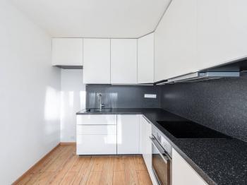 kuchyň - Prodej bytu 3+1 v osobním vlastnictví 54 m², Praha 9 - Prosek