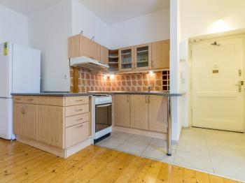 Pronájem bytu 2+kk v osobním vlastnictví, 50 m2, Praha 3 - Vinohrady