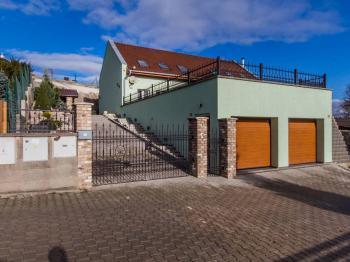 Prodej domu v osobním vlastnictví, 179 m2, Králův Dvůr