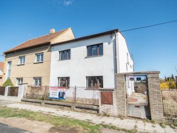 Prodej domu v osobním vlastnictví, 163 m2, Buštěhrad