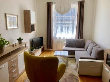 Prodej bytu 1+kk v osobním vlastnictví, 30 m2, Praha 4 - Michle