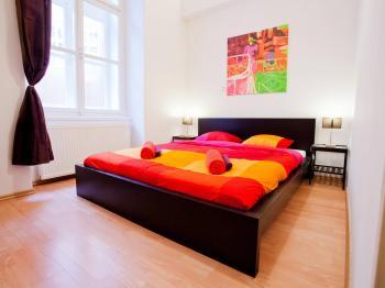 Pronájem bytu 1+kk v osobním vlastnictví, 54 m2, Praha 1 - Staré Město