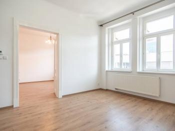 Pronájem bytu 2+1 v osobním vlastnictví, 72 m2, Praha 5 - Smíchov