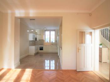 Pronájem domu v osobním vlastnictví, 200 m2, Praha 6 - Střešovice