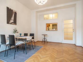 Pronájem bytu 2+1 v družstevním vlastnictví, 62 m2, Praha 8 - Karlín