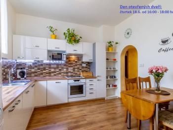 Prodej bytu 2+1 v osobním vlastnictví, 65 m2, Králův Dvůr