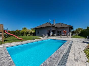Prodej domu v osobním vlastnictví, 284 m2, Zdiby