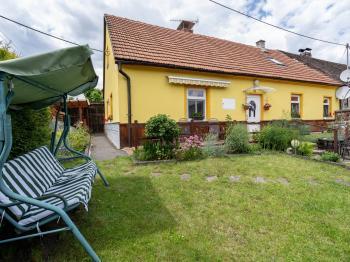 Prodej domu v osobním vlastnictví, 129 m2, Jince