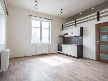 Pronájem bytu 2+kk v osobním vlastnictví, 35 m2, Český Brod