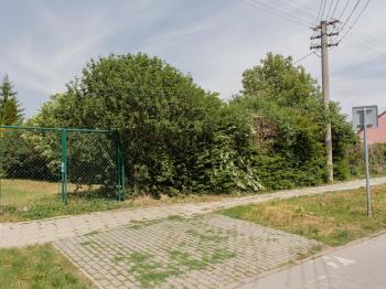 Prodej pozemku, 1668 m2, Hluk