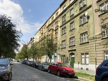 Pronájem bytu 2+1 v osobním vlastnictví, 76 m2, Praha 6 - Bubeneč