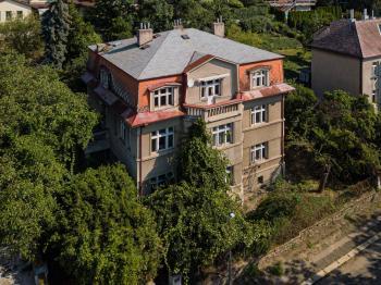 Prodej domu v osobním vlastnictví, 508 m2, Praha 9 - Vysočany