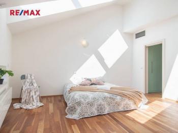 Prodej bytu 4+kk v osobním vlastnictví, 144 m2, Praha 1 - Nové Město