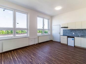 Pronájem bytu 2+kk v osobním vlastnictví, 37 m2, Zeleneč
