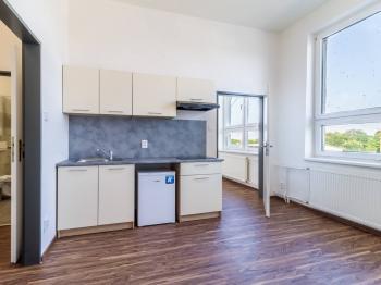 Pronájem bytu 2+kk v osobním vlastnictví, 29 m2, Zeleneč