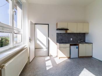 Pronájem bytu 2+kk v osobním vlastnictví, 42 m2, Zeleneč