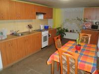 kuchyň (Prodej domu v osobním vlastnictví 210 m², Písečná)