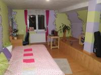 dětský pokoj (Prodej domu v osobním vlastnictví 210 m², Písečná)