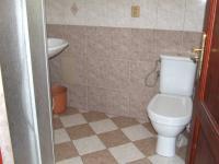 koupelna s wc v 1.NP (Prodej domu v osobním vlastnictví 170 m², Jeseník)