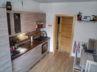 1.NP kuchyň - Prodej domu v osobním vlastnictví 150 m², Velké Kunětice