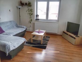 1.NP obývací místnost - Prodej domu v osobním vlastnictví 150 m², Velké Kunětice