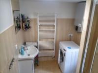 1.NP koupelna - Prodej domu v osobním vlastnictví 150 m², Velké Kunětice