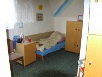 pokoj v 2. patře - Prodej domu v osobním vlastnictví 132 m², Česká Ves