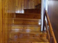 schodiště do 2 patra - Prodej domu v osobním vlastnictví 132 m², Česká Ves