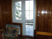 vstup na balkón - Prodej domu v osobním vlastnictví 132 m², Česká Ves